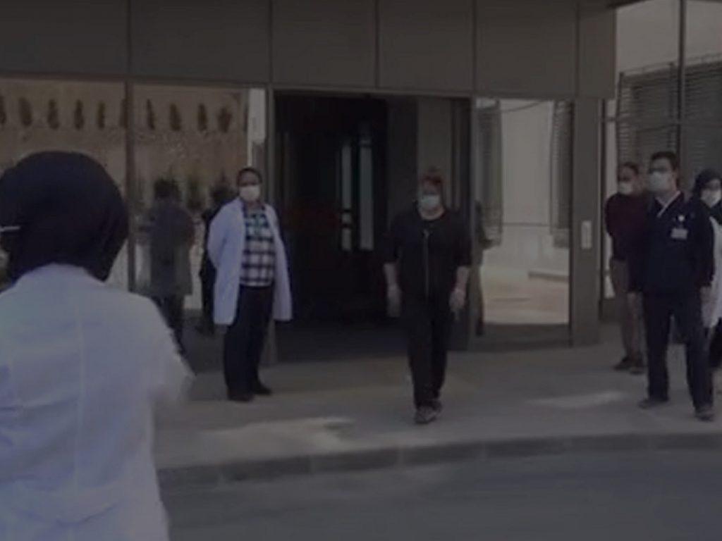 Koronavirüsü yenen Fatma Hemşire Taburcu Edildi