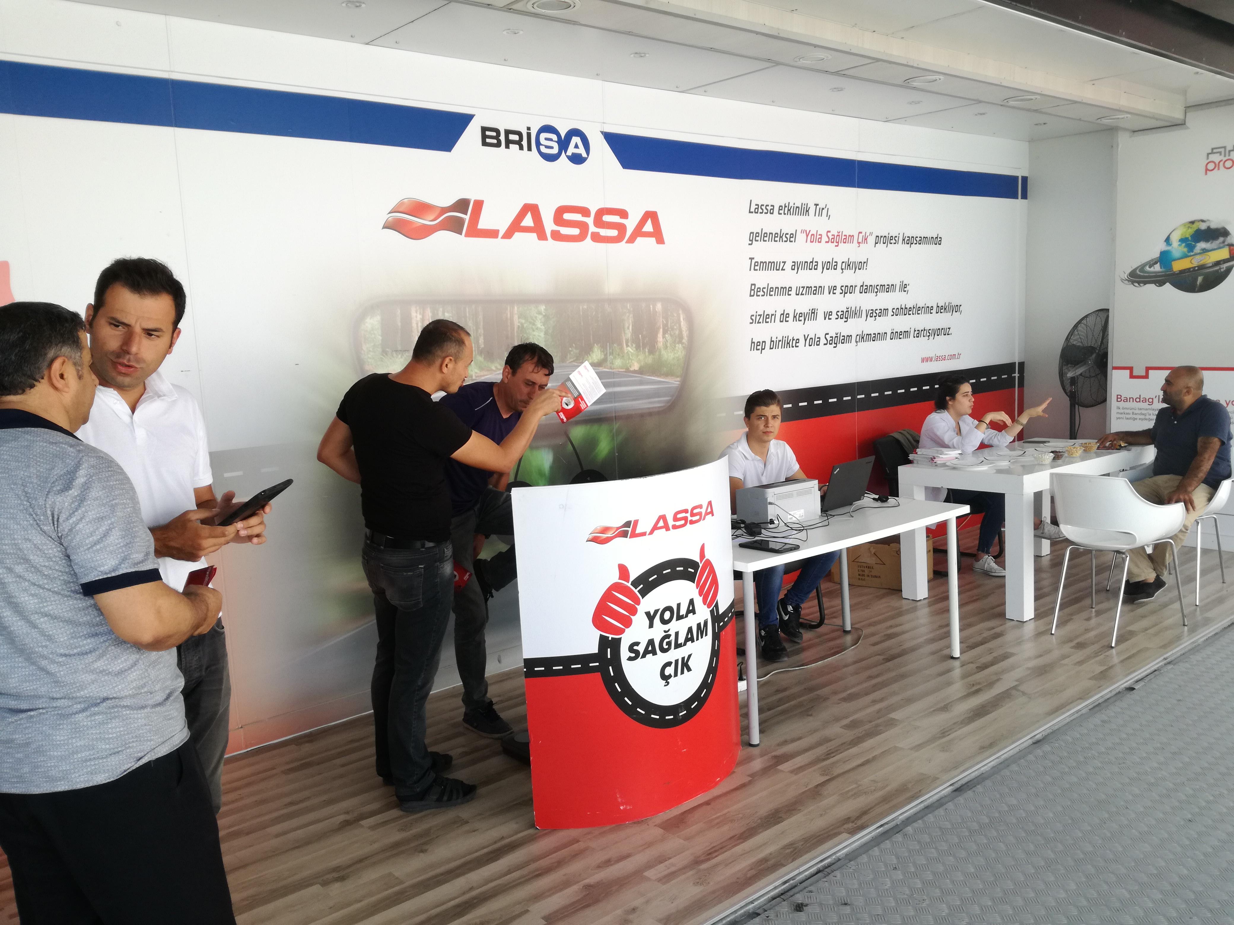 Lassa, 'Yola Sağlam Çık' Projesiyle Yozgat'ta Uzun Yol Şoförleri ile Buluştu