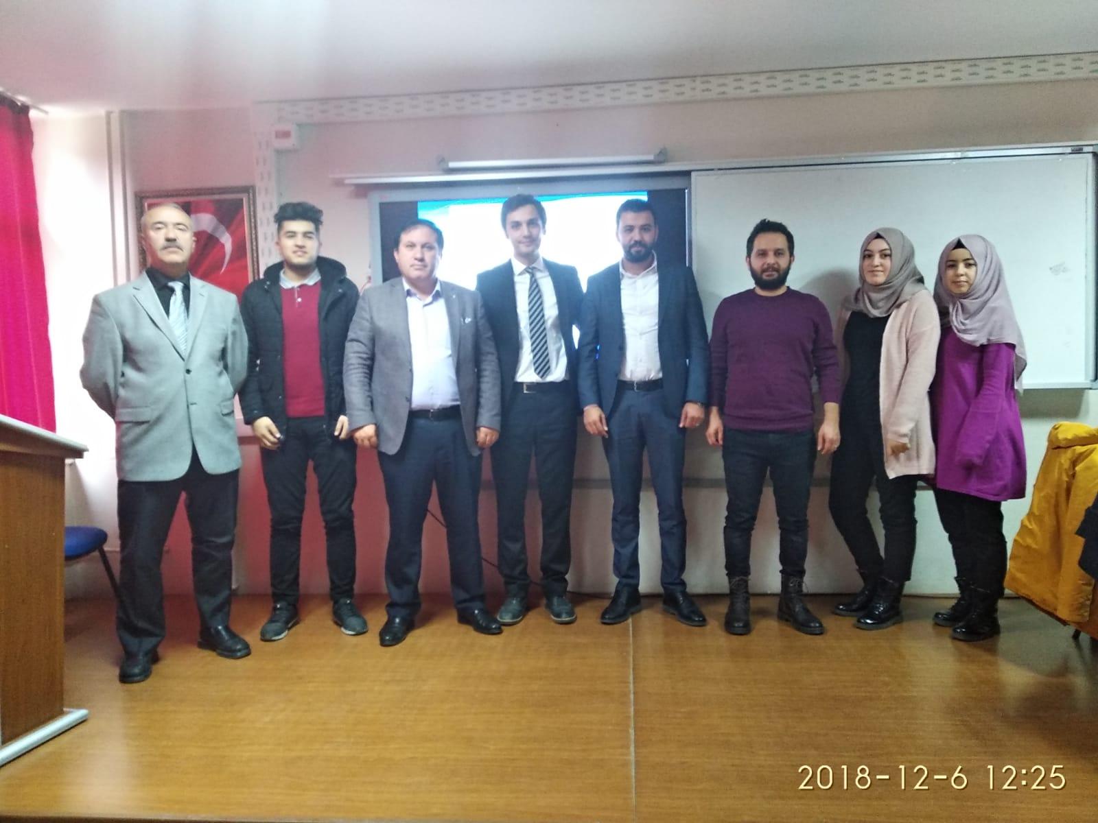 İŞKUR'dan Öğrencilere Meslek  Seçimi ve Kişisel Farkındalık Eğitimi