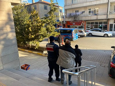"""JASAT HIRSIZLARIN ENSESİNDE"""